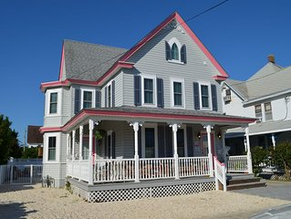 Beach Haven Renovated Victorian Oceanside 4-5 Bedroom With Pool