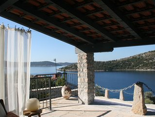 Magical Seaview Villa with pool and private jetty near Split airport