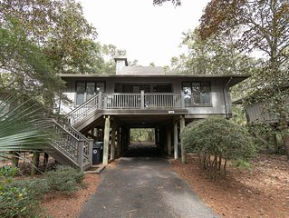 Beautiful Kiawah Home w/Exclusive Pool & Resort Prvlgs near Beach & Pools