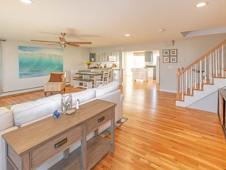 Newly Renovated Beach House with Water View