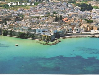 Unique apartment with 2 large terraces,  4 min walk from Otranto centre and sea