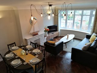 Spacious & modern two bedroom Maisonette Apartment