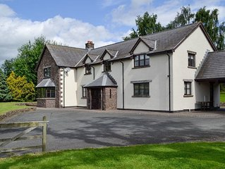 6 bedroom accommodation in Brecon