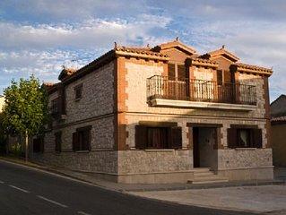 Casa Rural Torrelobatos para 10 personas