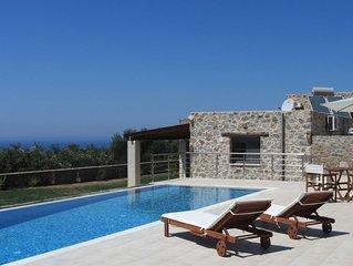 Villa Asteraki - Piscina privata, giardino, vista mare. Il Relax è assicurato!