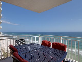 Oceanfront condo w/Gulf views, three shared pools, hot tub, & snack bar