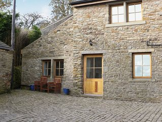 3 bedroom accommodation in Whalley