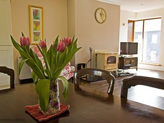 Stylish apartment in the heart of Clifden, bars & restaurants on doorstep