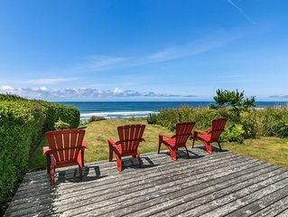 Beloved Beach House with Bluff Oceanfront Views, Well-Stocked for Families!