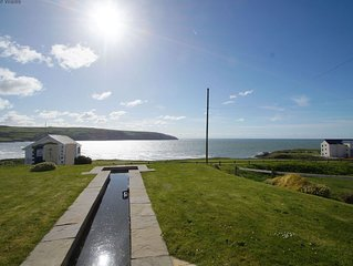 If you're looking for breathtaking sea views, cosy local pubs and a secluded and