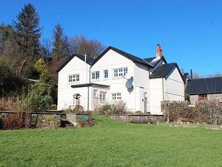 Secluded rural location for a large group to enjoy superior accommodation over t