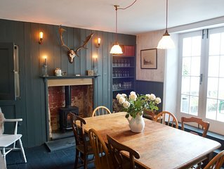 Elegant & sumptious Grade II listed Deal townhouse sleeping up to 10-12