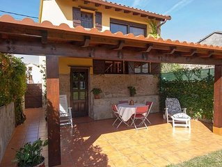 107557- House in Carnota