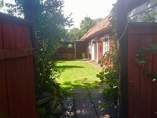 Cosy, comfy cottage near Drottningholm Palace
