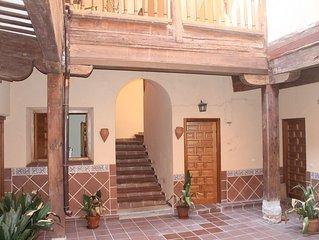 Casa San Ildefonso en el casco antiguo de toledo