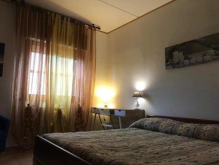 Affitto due stanze in appartamento.