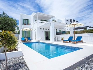 Early Bird 10% Discount for 2020! Luxury Villa with private pool near village!!