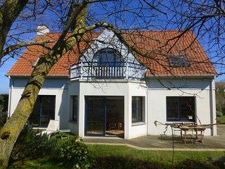 Villa indépendante 4 chambres - grand jardin clos - proche plage