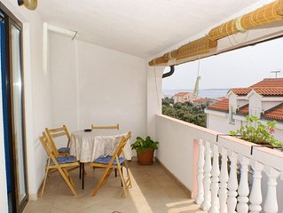 Two bedroom apartment with terrace and sea view Mandre (Pag) (A-523-c)