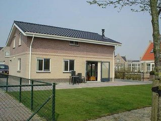 Cozy group accommodation with sauna, near the Wadden Sea