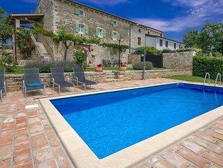 Beautiful stone villa with pool in Groznjan