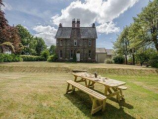 7 bedroom accommodation in Castle Douglas