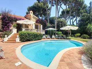 """Prestigious and Charming villa on Cap d""""Antibes 200 m to the Sea. WEEKEND OFFERS"""