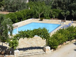 Spacious villa,huge  pool,close to Ostuni , Carovigno and the Sea