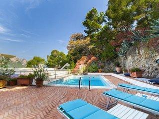 Villa Apollo con Piscina Privata, Vista Mare, Terrazzi e Giardino