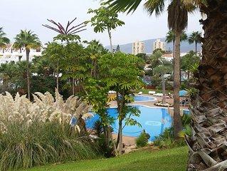 Appartement 1 chambre, 2 personnes,complètement remis à neuf, jardin piscines