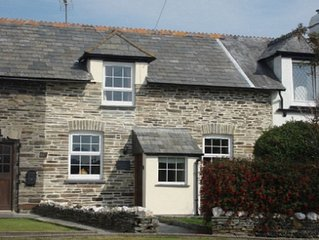 Family Cottage, Pet Friendly, Minutes From Pretty Village and Coastal Path