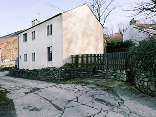 Scales Cottage, LORTON