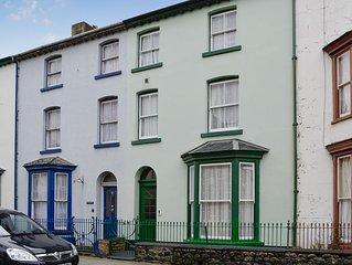 4 bedroom accommodation in Tywyn