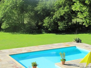 Beautifully restored 5 bedroom farmhouse, large swimming pool & 30 acres of land