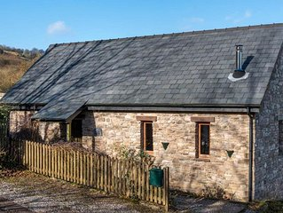 Cuckoo Cottage - Two Bedroom House, Sleeps 4