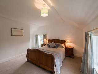 Smithy Cottage by Tatton Stays - pet friendly property