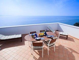 Terrazza Amalfitana e un delizioso appartamento in Costiera, con 3 camere 2 bagn