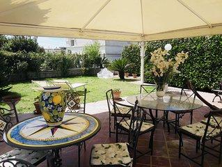 Villa Alessandro, splendida villa privata con giardino al centro di Anacapri