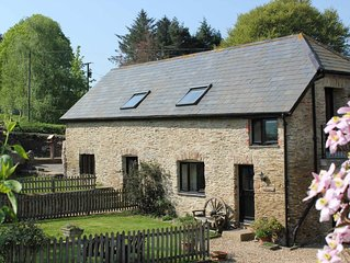 Charming cottage on beautiful working farm, quiet, spacious with stunning view