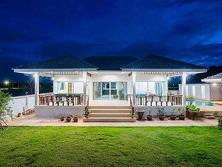 Beautiful Pool Villa, family and pet friendly smoke free villa