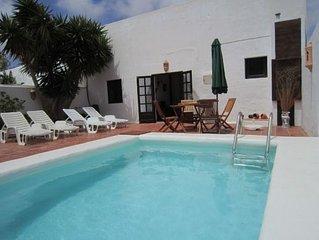 Casa rural El Almacen con piscina privada
