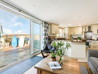 Fabulous Luxury Apartment Sleeping 6 - With Fabulous Sea Views