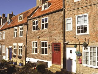 Characterful Fisherman's Cottage in old part of Historic Town