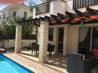 DETACHED LUXURY VILLA WITH PRIVATE POOL, CLOSE TO BEACH, BARS AND RESTAURANTS.