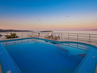 Villa Elion with Pool, Astonishing Sea and Mountain Views and Totally Privacy