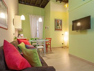 Trevi Relax 2024 apartment in Centro Storico with air conditioning & balcony.
