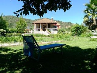 Splendido Appartamento in Villa con Giardino