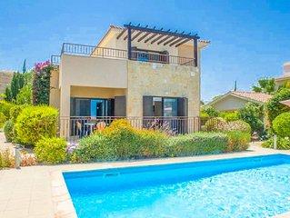 Villa Fortuna: Large Private Pool, Walk to Beach, Sea Views, A/C, WiFi, Car Not