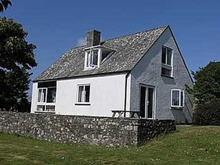Cottage Overlooking The Cathedral Of St Davids