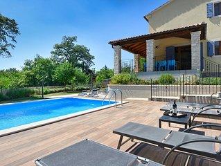 Casa con piscina privata relax e privacy